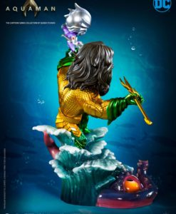 DC Cartoon Series Statue 1/3 Aquaman 20 cm